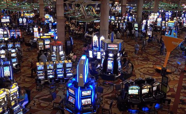 legal gambling age in Vegas